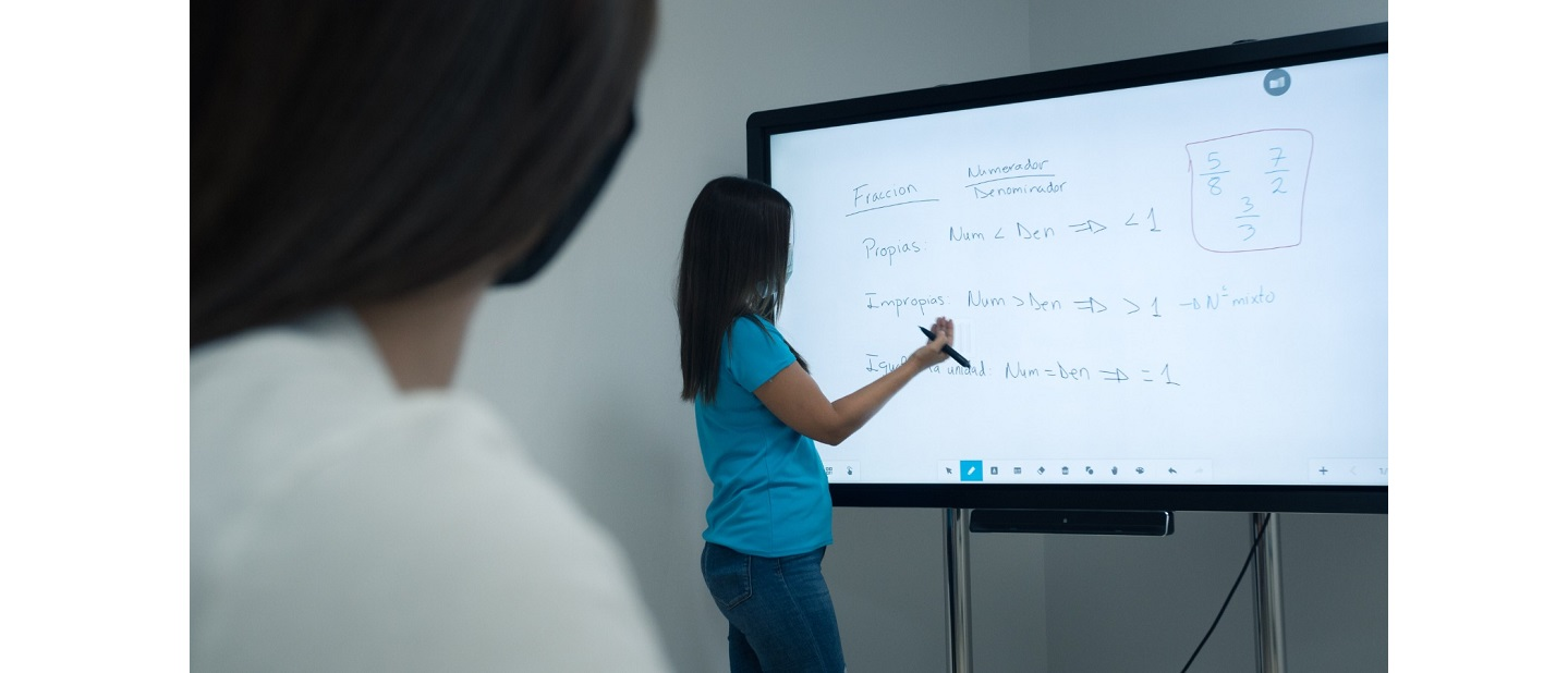 Clevertouch, monitor interactivo Taby